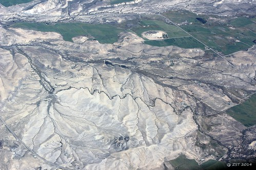 colorado stream united flight aerial erosion streams geology windowseat shale mancos drainagepattern mancosshale dendriticdrainage zeesstof geologyfromtheair grandjunctiontohouston