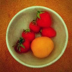Strawberries & #Apricot 😊😊😊🍓🍓 #…