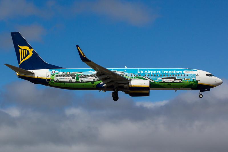 Ryanair - B738 - EI-EMK (1)