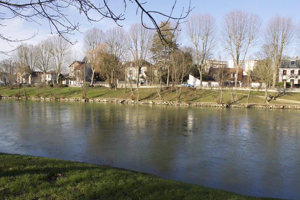 Résultats: Une Petite Salope à côté de Valenciennes