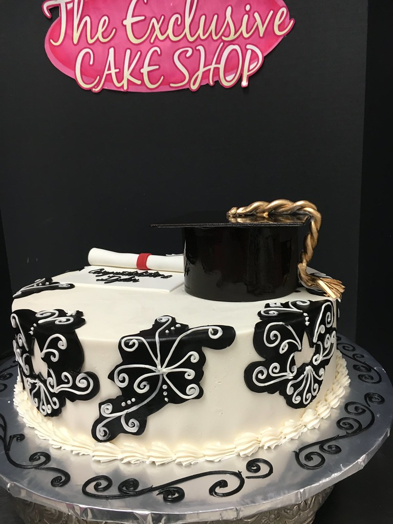 Graduation Cakes Exclusive Cake Shop