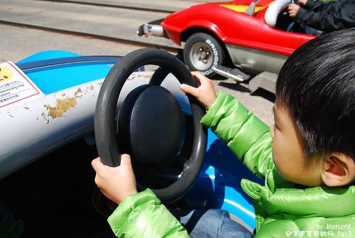 宇哥開車中