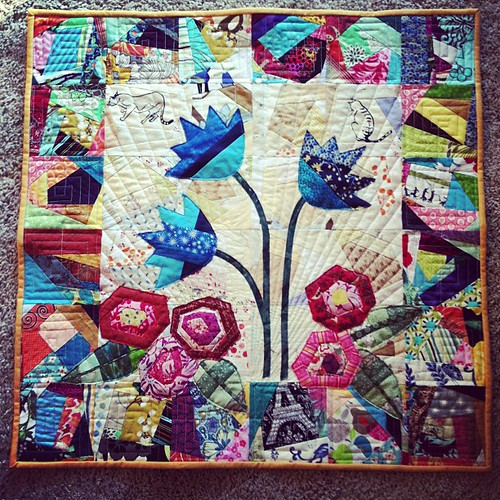 "15 Minutes of Play quilt ""Savoring Summer"" finished! #15minplay"