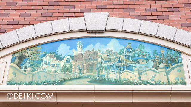 Tokyo Disneyland - Resort Line Station