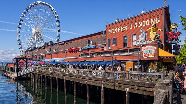 seattle sunday stroll - miners landing