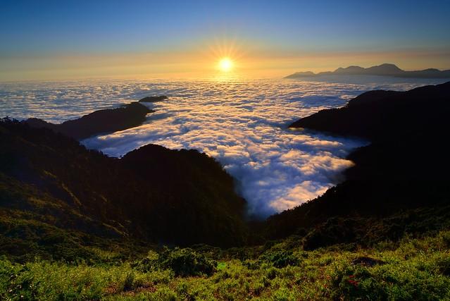Sea of clouds @ Mt. Hehuan 合歡雲海