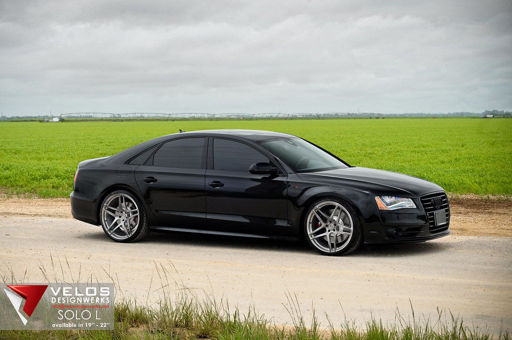 2013 audi s8 on 22 velos solo l wheels in our hand. Black Bedroom Furniture Sets. Home Design Ideas