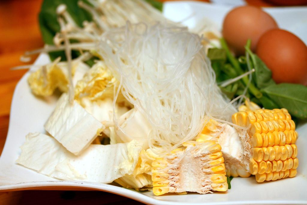 Mookata: Vegetable and Bee Hoon Plate