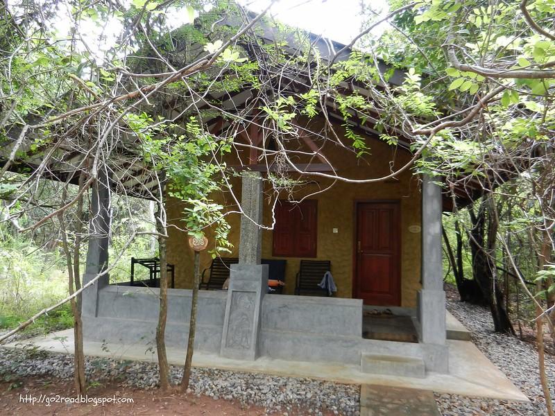 Отель в джунглях Шри Ланки