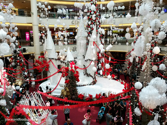 xmas mid valley