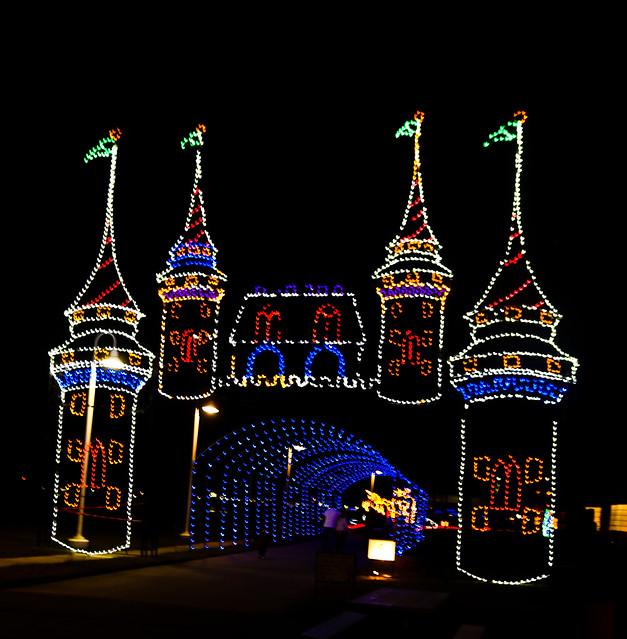 Moody Gardens Festival Of Lights The Nerd 39 S Wife
