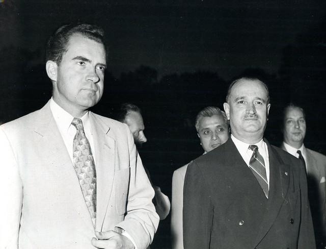 Hanoi 1953 - Cérémonie du souvenir aux morts - Phó TT Mỹ Richard Nixon