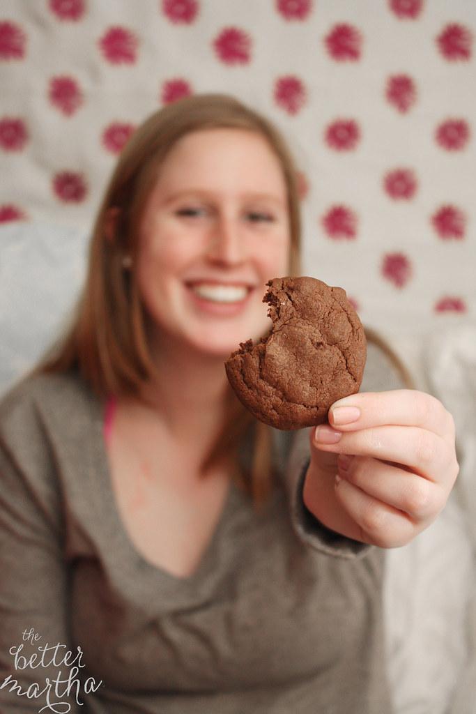 ellie holding cookie