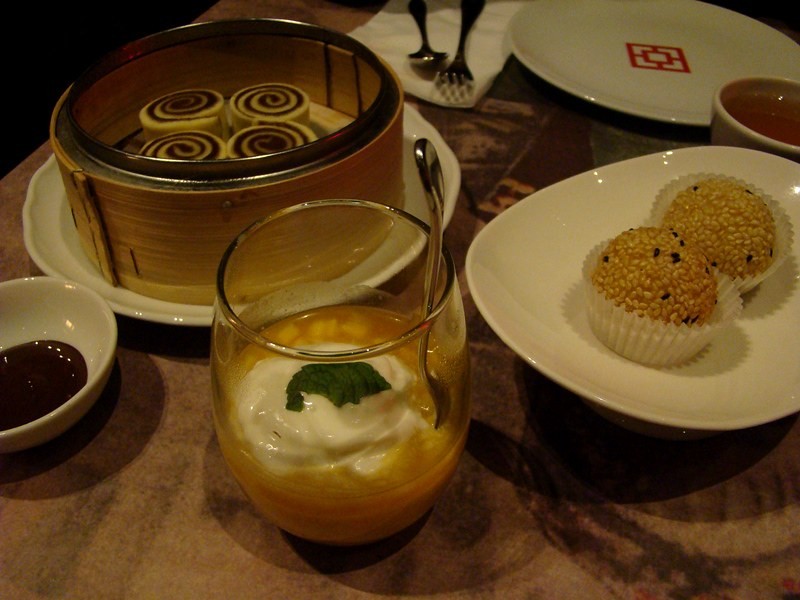 Luckee Desserts
