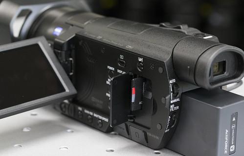 FDR-AX100_06