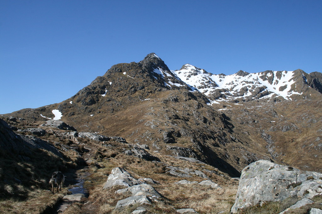 Approaching the foot of the Forcan Ridge