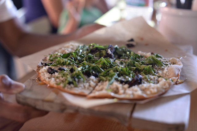 flat bread with arugula, figs, manouri cheese, honey, olive oil