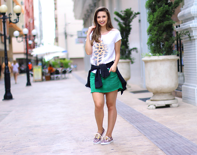 06-look do dia saia e tenis de oncinha petite jolie blog sempre glamour