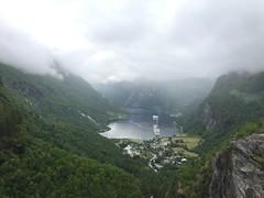 In crociera tra i fiordi norvegesi