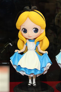 Q posket 《愛麗絲夢遊仙境》水汪汪的愛麗絲 ふしぎの国のアリス
