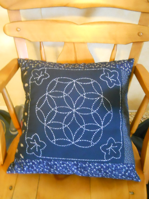 Sashilo pillow in rocking chair II