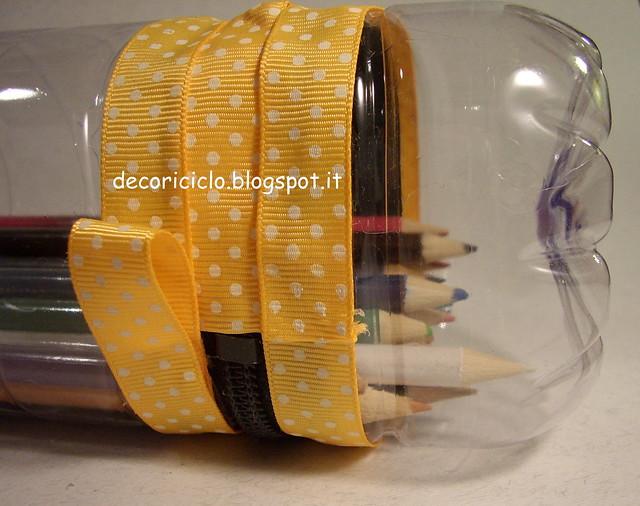 porta-matite bottiglia di plastica 7