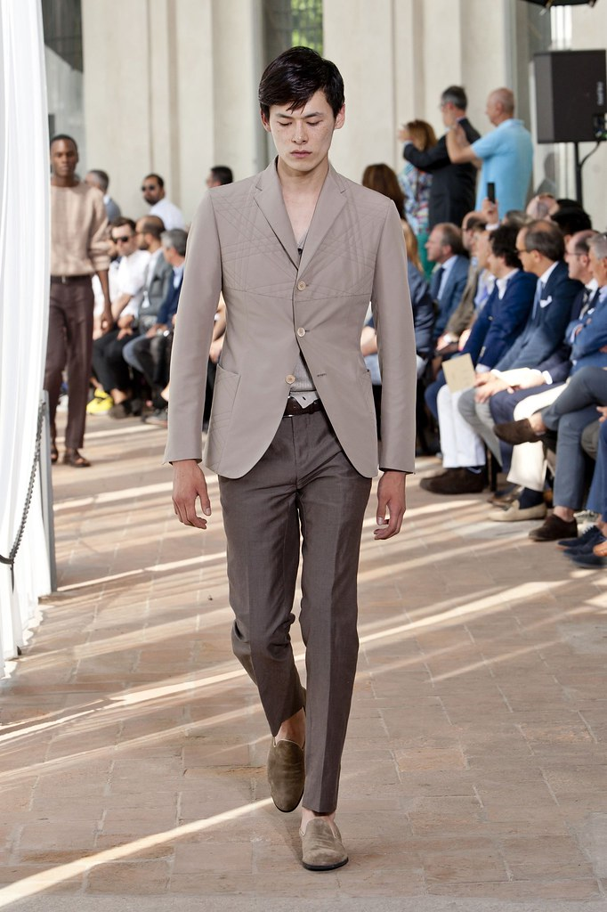 SS14 Milan Corneliani022_Kim Won(fashionising.com)