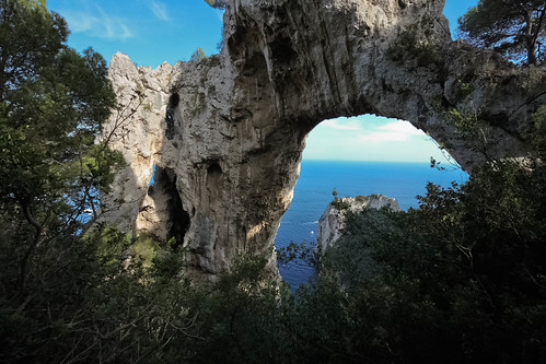 trees sea sky italy cliff seascape nature skyline landscape capri rocks arch campania 500d ultrawideangle sigma816mmf4556
