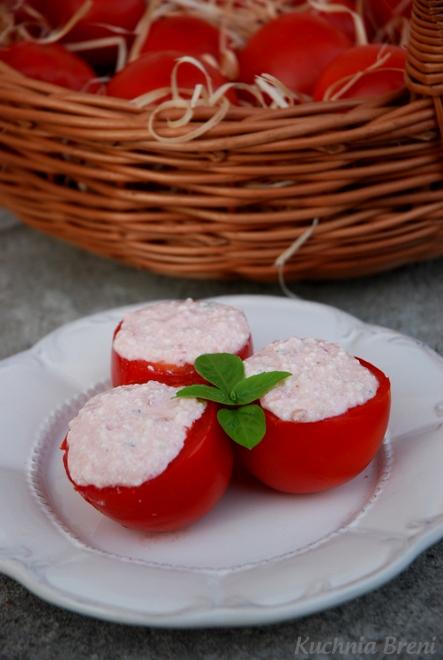 Pomidory faszerowane twarogiem