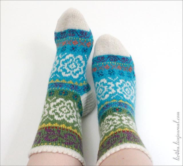 Turquoise green stranded socks