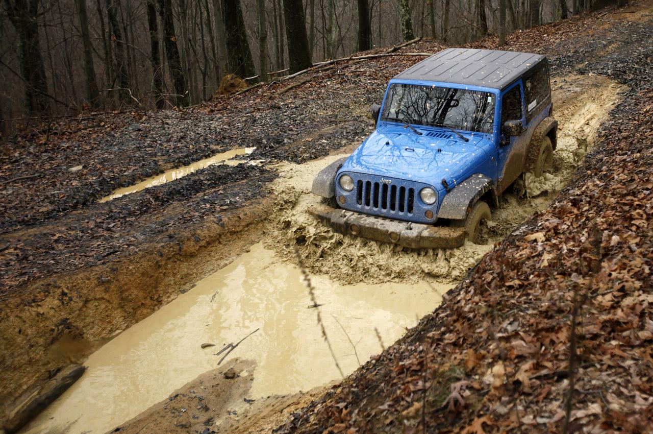 19-2012-jeep-wrangler-sport-review