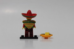 The LEGO Movie Collectible Minifigures (71004) - Taco Tuesday Guy