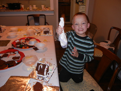 Dec 20 2013 Gingerbread Houses Elden (4)