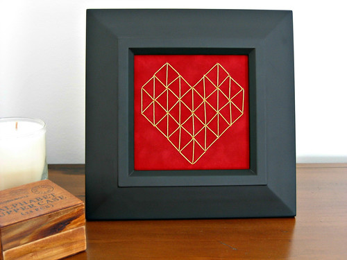 geometric-heart-frame