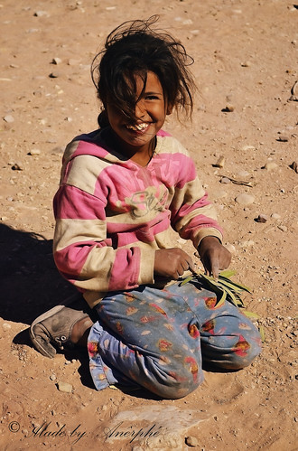Bedouin girl by Anerphe Photography