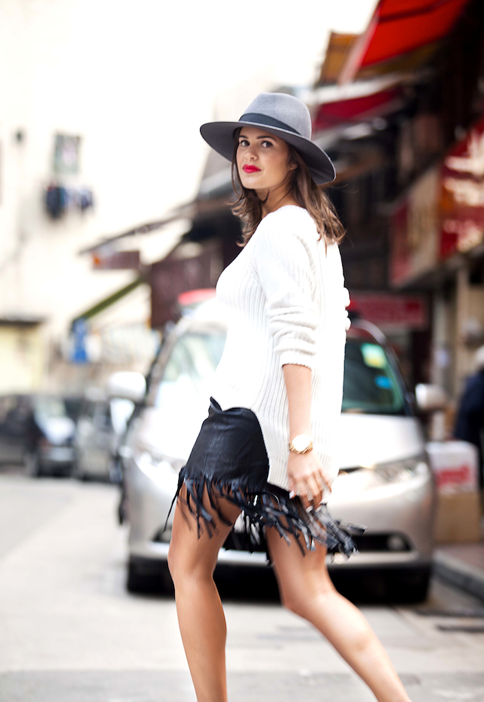Make a fringe leather skirt with a pair and a spare