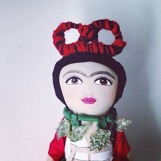 Self portrait with braid :: ordered by the same lady who ordered Vali! #fridakahlo #valimyers #artdoll #mycreativespace