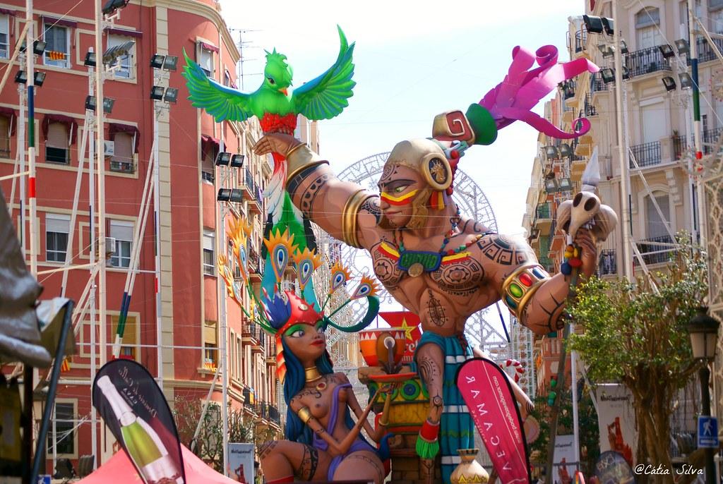 Valencia en Fallas_ Falla Sueca Literato Azorin (7)
