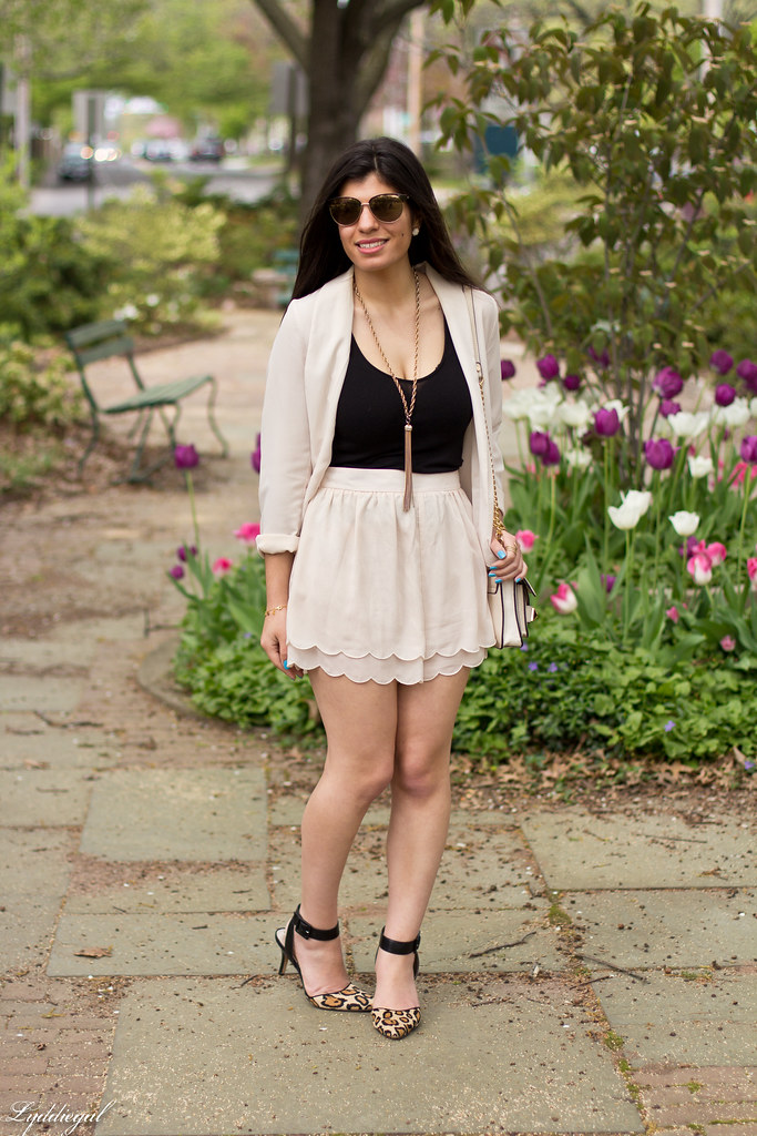 scalloped shorts and blazer-3.jpg