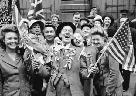 Celebración por el final de la Segunda Guerra Mundial