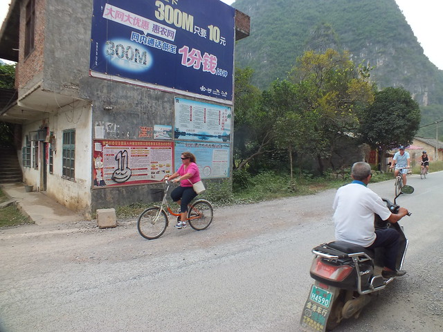 CHINA: Yangshou Bike ride