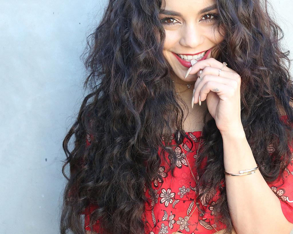 Ванесса Хадженс — Фотосессия для «Beauty Coach» 2016 – 11
