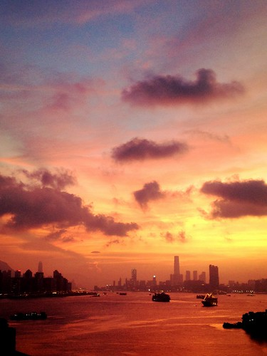 ocean china city sunset island hongkong harbor asia harbour hong kong ifc iphone kwuntong