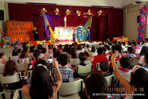 Festejando o Dia da Criança by cnsamanaus