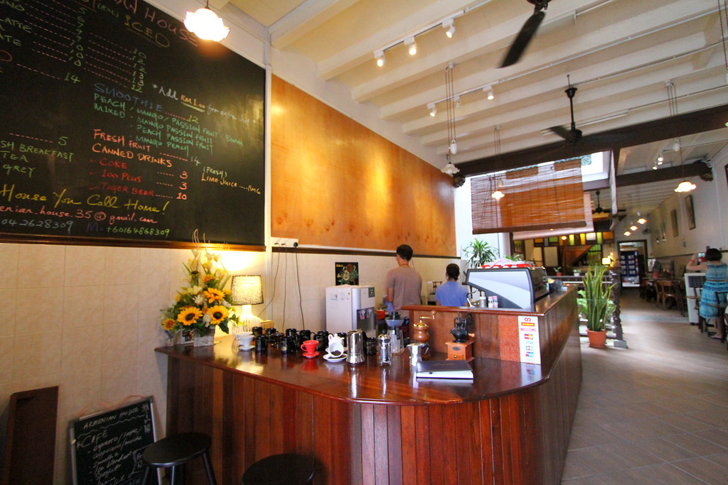 George Town Cafes: Armenian House Interior