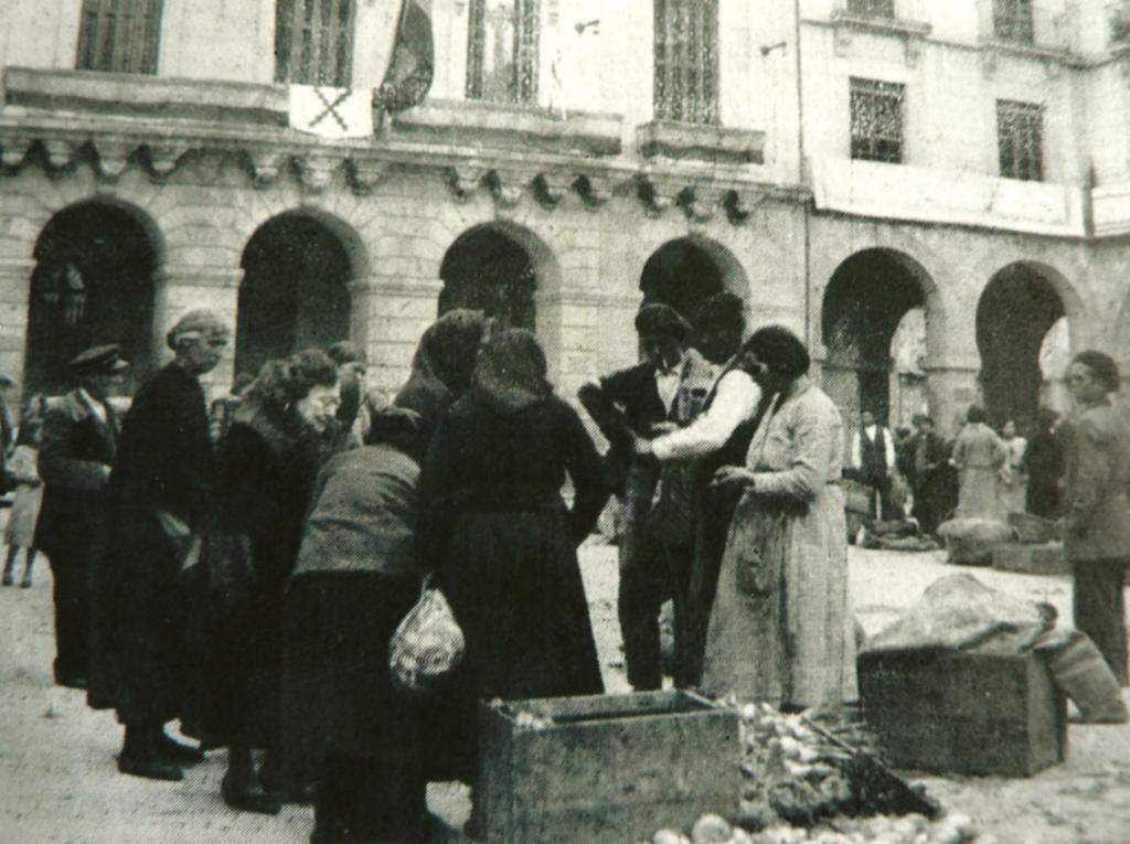 5. Día de mercado. Autor, Ávilas.es