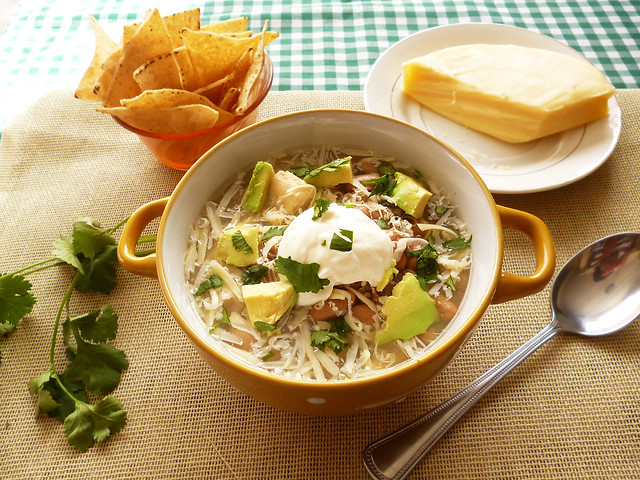 Raspberry Bloom: 5-ingredient White Chicken Chili