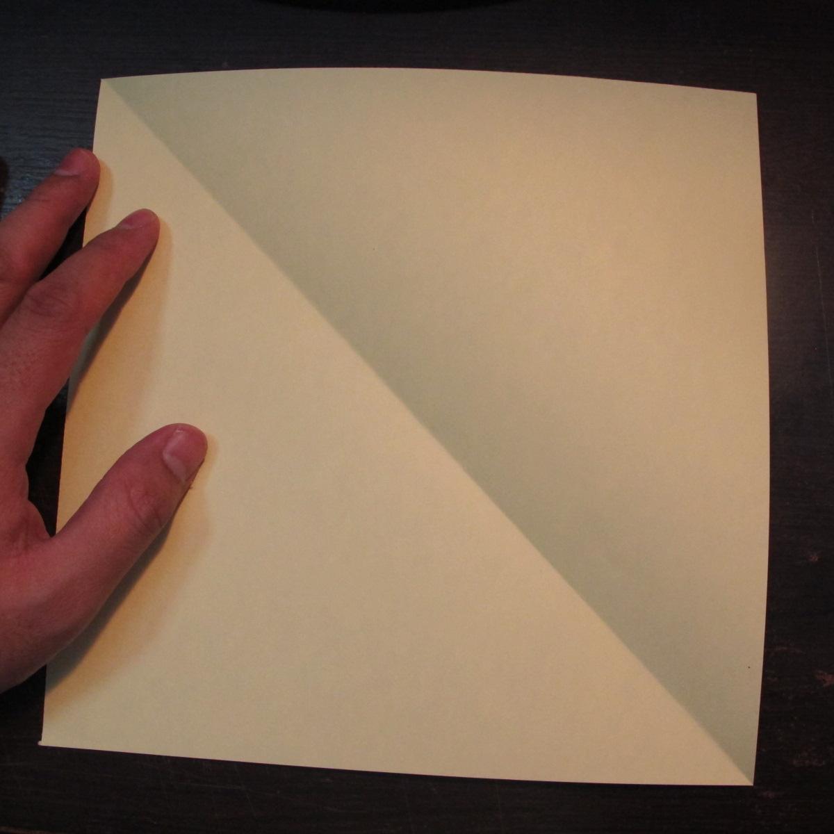 วิธีการพับกระดาษเป็นรูปหงส์ 001