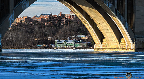 bridge ice water canon river landscape photography virginia washingtondc frozen dc washington districtofcolumbia arch wcc georgetown potomac rosslyn potomacriver hdr digitalphotography hoya keybridge georgetownuniversity hoyas francisscottkeybridge georgetownwaterfront washingtoncanoeclub canon24105mm stephenball stephenballphotography