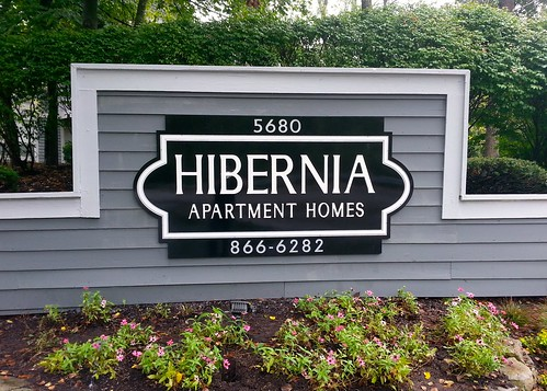 Oakwood Management Hibernia Apartments Monument Sign by Redirections Sign & Design